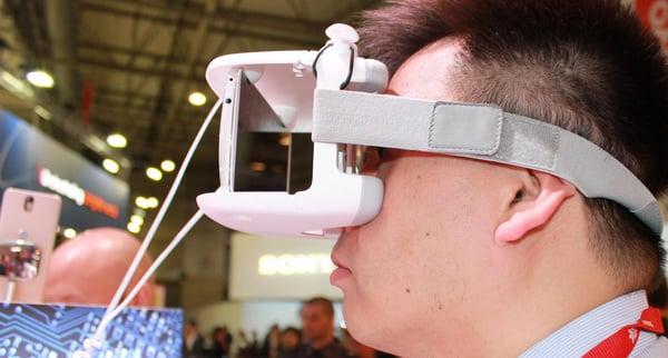 Introducing … The Lenovo Virtual Reality Classroom